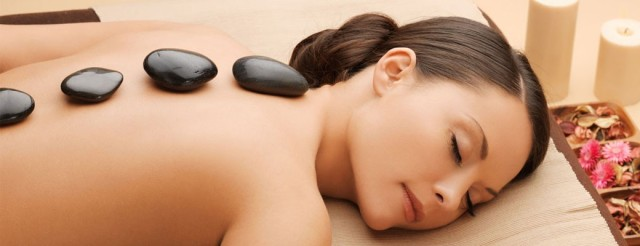 hot-stone-massage-taylor-mi-1040x400